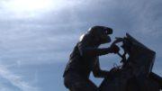 La statua di Fabrizio Meoni: il ricordo e le emozioni degli amici