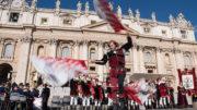 Udienza dal Papa per i 30 anni del Gruppo Storico e Sbandieratori Città di Castiglion Fiorentino